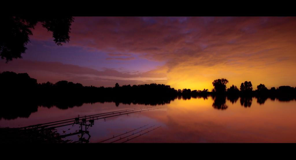 Screen7 1024x553 -  - Moments of Adrenalin, High Quality, Film, DVD, Carp fin