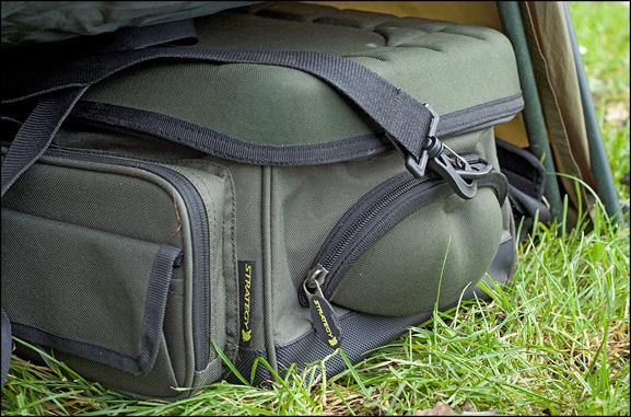 Strategy Carp Magazine 36 Low profile storage bags NL 577 003 -  - Strategy, Spro, Ronald van Bruggen, Ovalschirm, Mobil bleiben, Low Profile, karpfenangeln, brolly, Bobachten, Bedchair