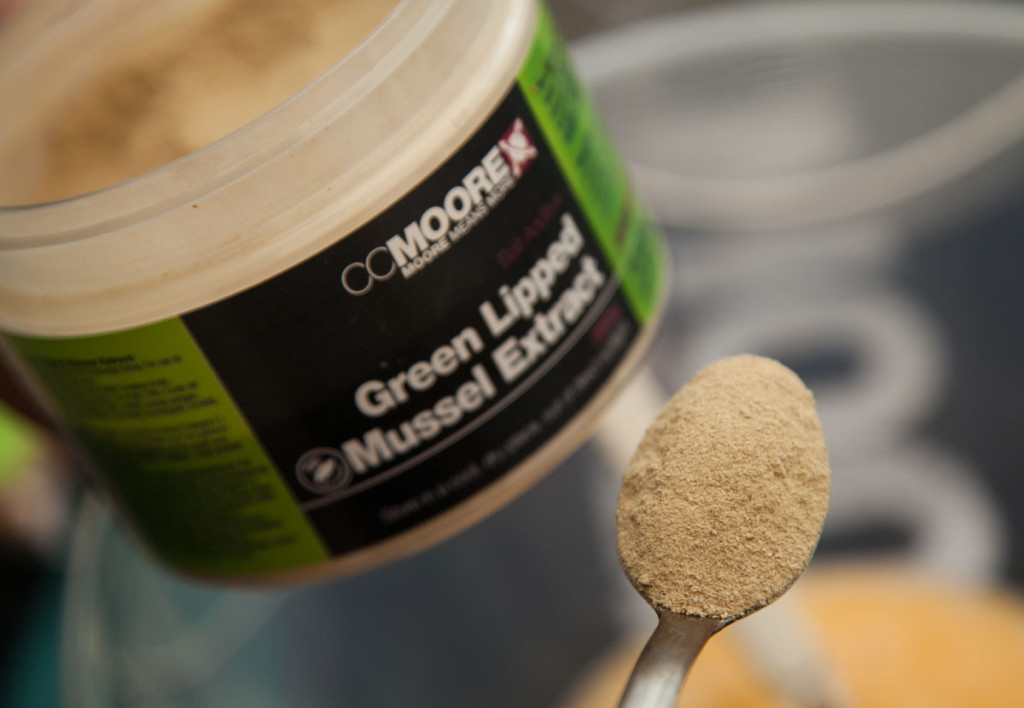Step 4 I personally like to add two spoons of GLM powder 1024x708 -  - Pop-ups, Cork Ball Roller, CC Moore