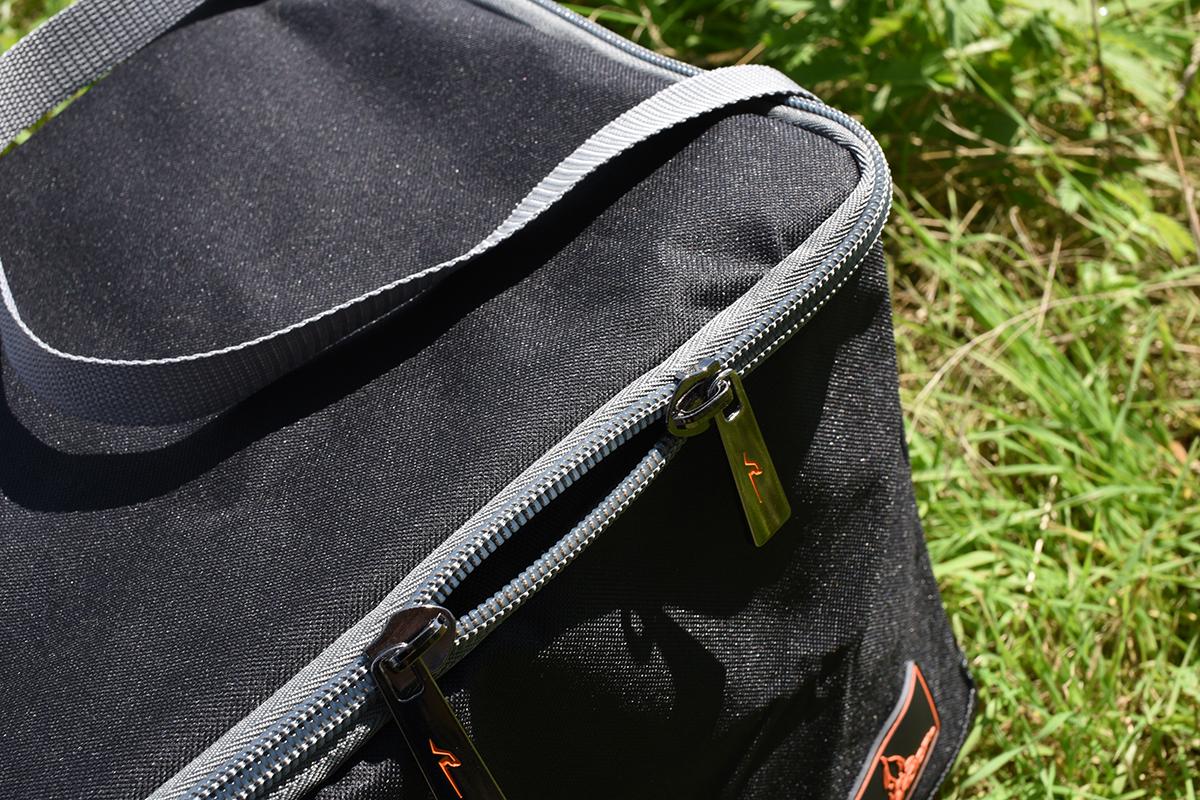 Radical2 -  - Tasche, stylisch, Radical Baitbag, neu, Lebensmittel, Einsatz, Boilietasche, boilies, Baitbag