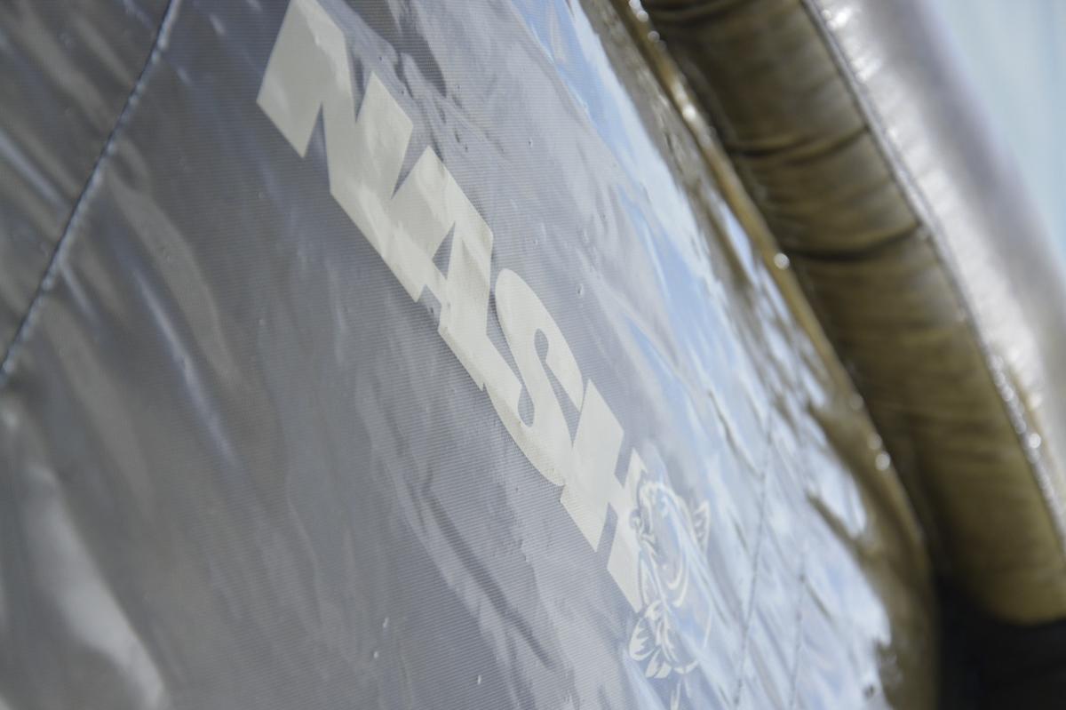 dsc 0140 -  - Sicherheit, Nash Tackle, nash, Luftpolsterung, kevin nash, Air Cradle, Air, Abhakmatte