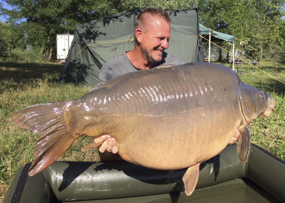 8 -  - Großkarpfen, Frank Schmidt, Fangrausch, Dickfisch, anaconda, 30 Kilo