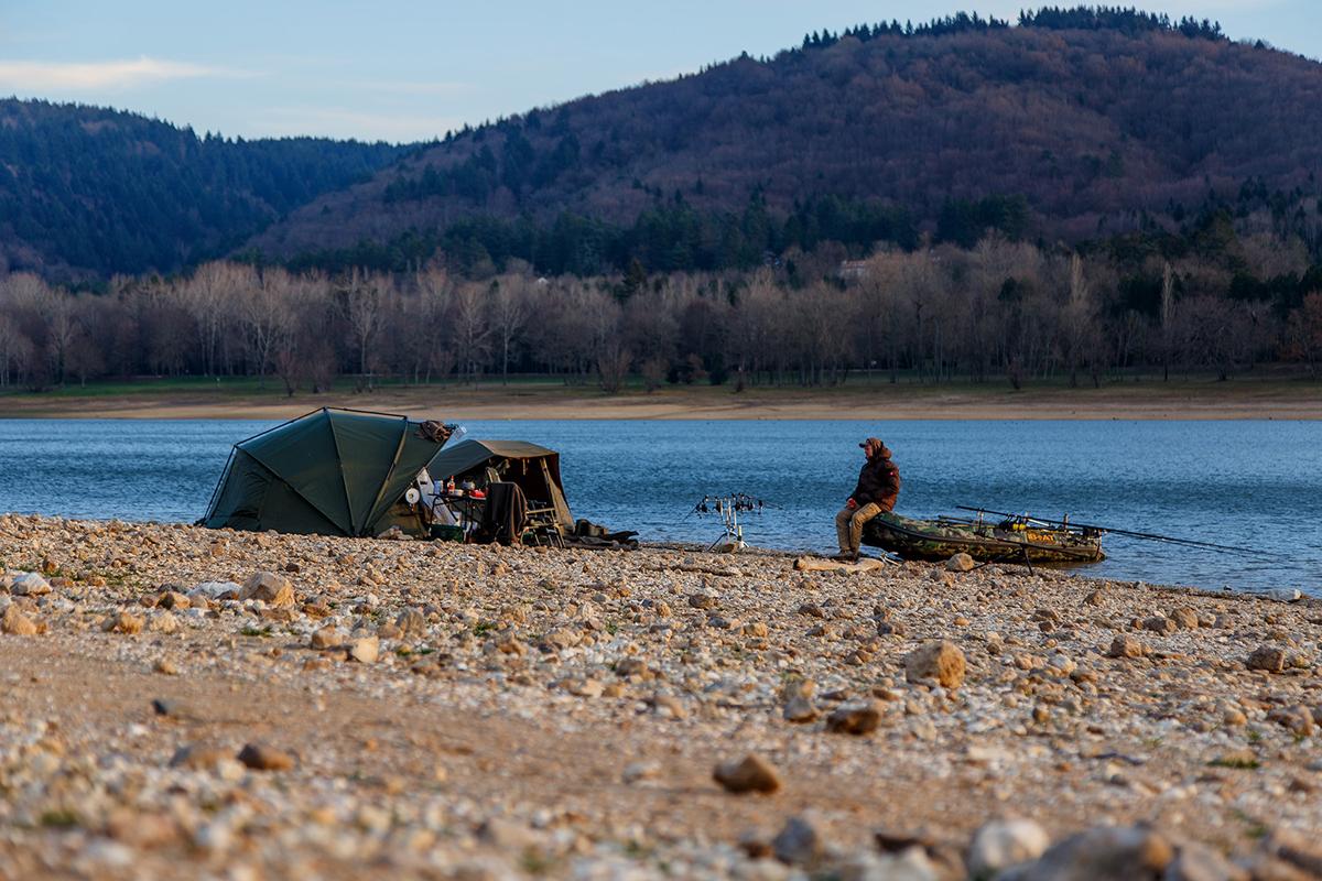 Finde heraus, wo Campen und Nachtangeln erlaubt ist!