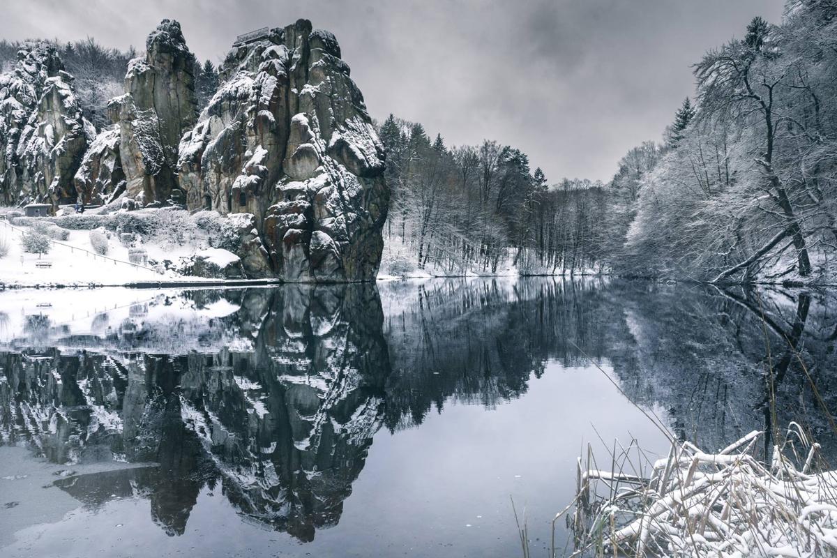 Eine Schneedecke macht sich im Osten NRW's breit!