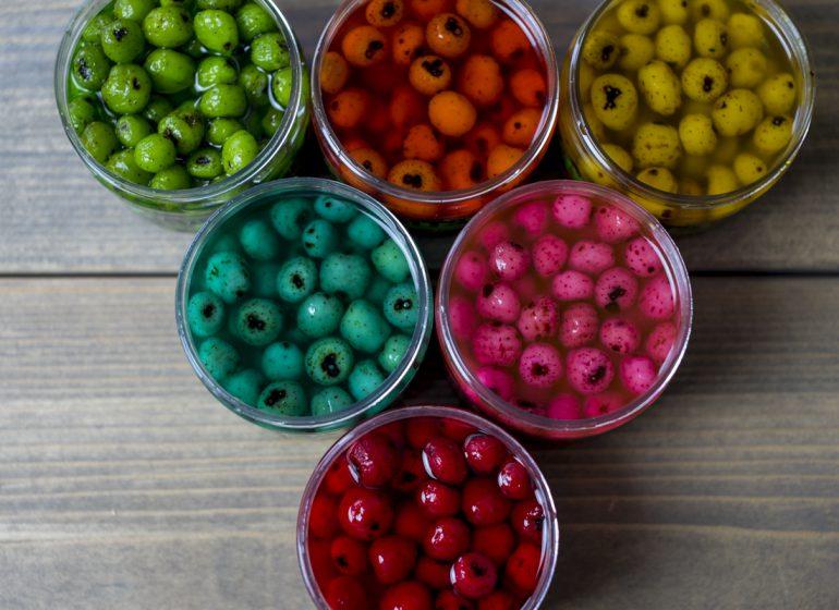 Titelbild MyBaits 770x560 - Knallig gefärbt! - Eyecatcher auf dem Partikelteppich