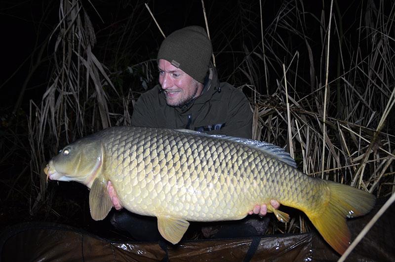 Keine 2 Stunden später lief wieder die Tiefe Rute ab und der zweite Fisch für 2018 lag im Kescher. Diesmal 16,5 kg damit deutlich über 15 kg.