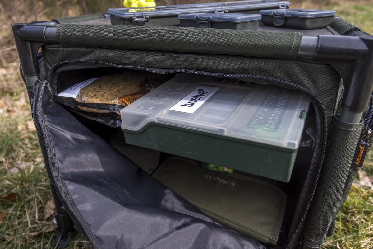 DSC3580 -  - Tackle, Rig, Pop-ups, case, Camp Safe, Camp, Bivvy Table, Baits, anaconda