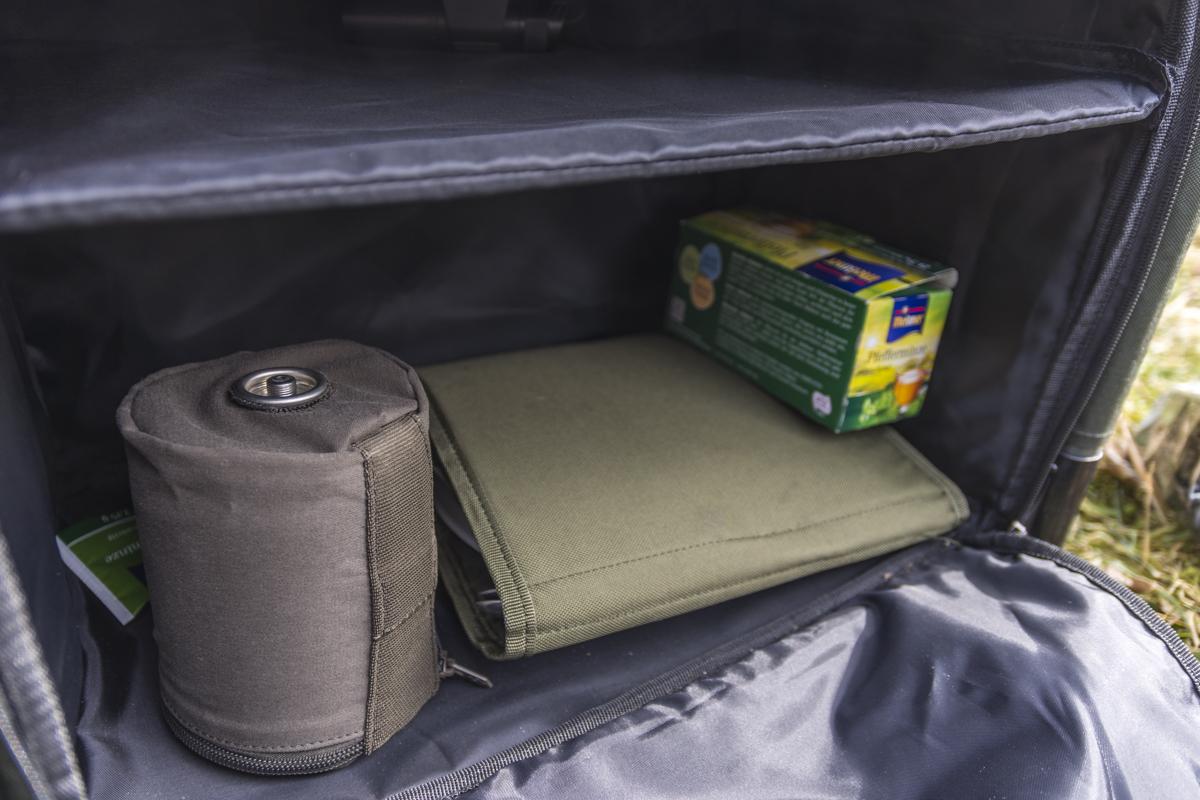 DSC3583 -  - Tackle, Rig, Pop-ups, case, Camp Safe, Camp, Bivvy Table, Baits, anaconda