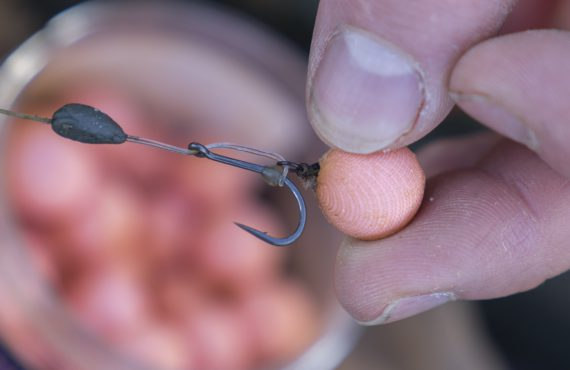 Turbos 6 The finished hookbait will be bursting with attraction so sinmple attach to the rig before casting out 570x370 - Kaltwassertaktik: Erfolgreich mit Single Hookbaits!