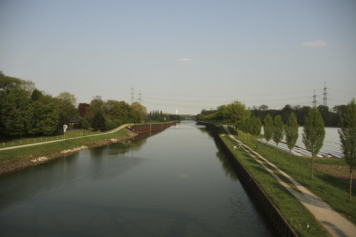 freie strecke zu bild 1 1 -  - Verladehafen, Spots, Sommer, Schleusen, Kanalkarpfen, Kanalangeln, erfolg