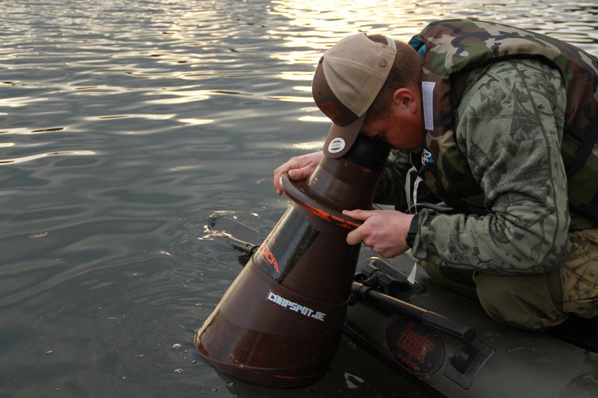 7DTP0465 -  - zeepter, Tricks, Tipps, Sicherheit, Fishing, Bootsangeln, Boot, Boatfishing, Boat, angeln