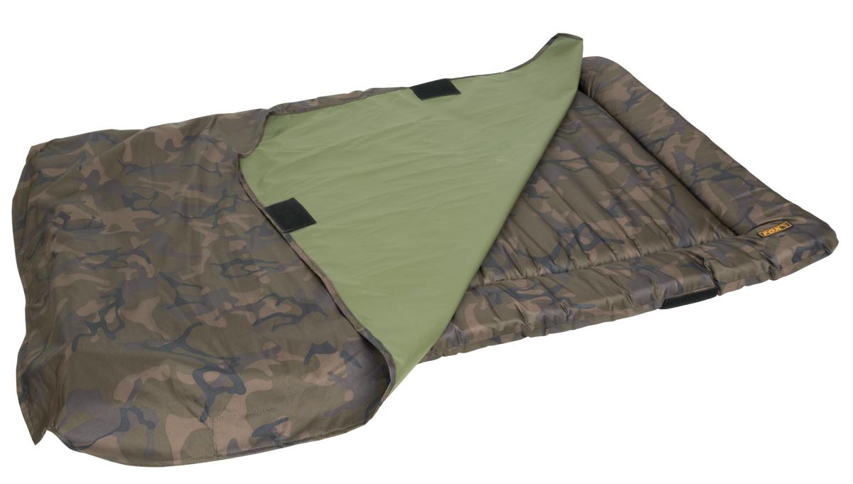 Ein Cover sorgt für zusätzliche Fish Care und verhindert, dass der Karpfen von der Matte rutscht.