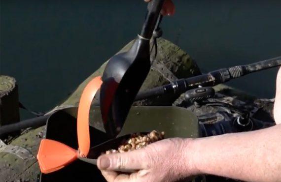 Futterschaufel Fox 570x370 - Neue Baiting Spoon für Karpfenangler