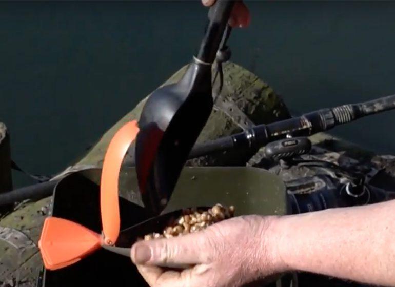 Futterschaufel Fox 770x560 - Neue Baiting Spoon für Karpfenangler