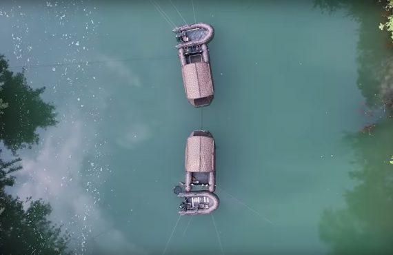 twelveft Fox Boot LacDuDer1 570x370 - Haus auf dem See – Das FX420 Camo Boat Bivvy