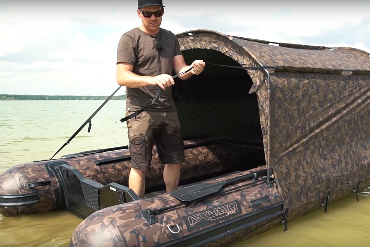 twelveft Fox Boot LacDuDer3 - Haus auf dem See – Das FX420 Camo Boat Bivvy
