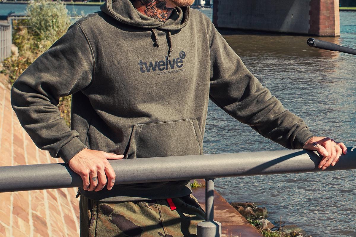 twelvefeetmag hoodies twelveft -  - digitales Karpfenmagazin