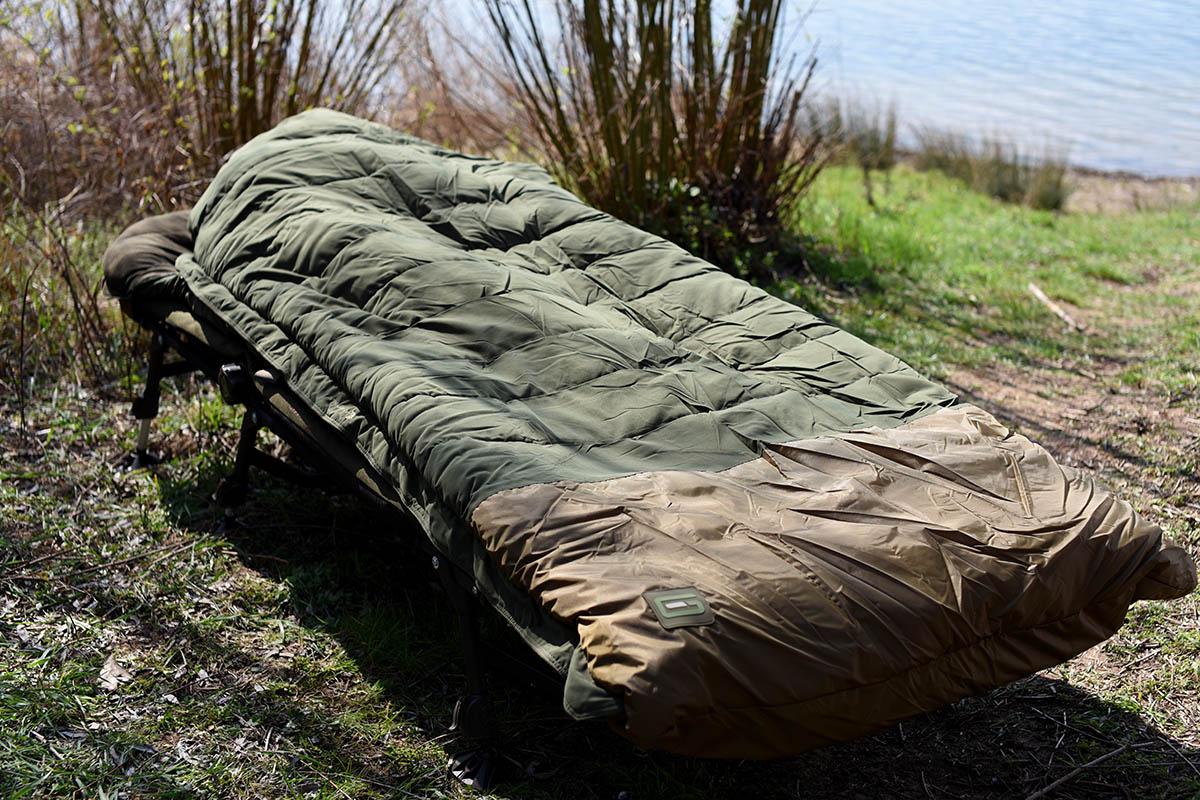 twelvefeetmag Strategy sleeping bag grade 13 -  - Schlafsack Karpfenangeln, Schlafsack, Grade Thermo Layer, Carpfishing Sleepingbag