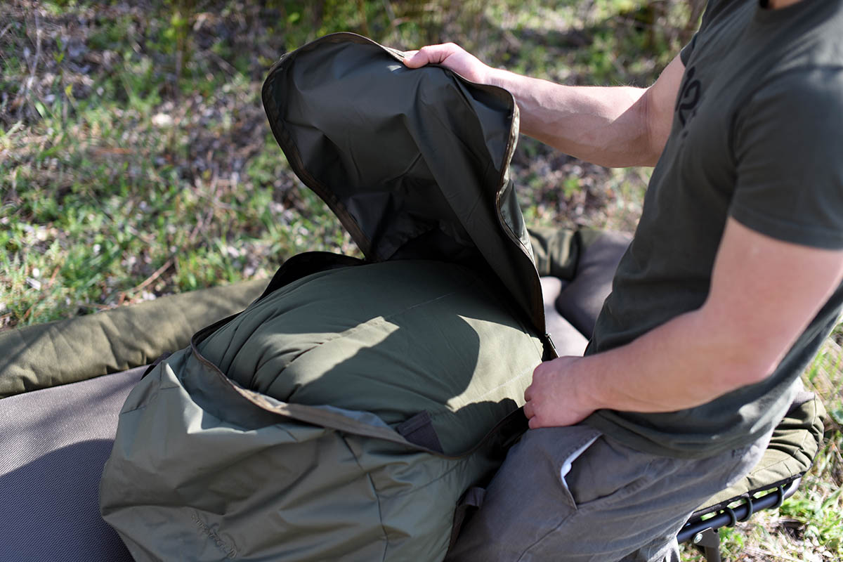 twelvefeetmag Strategy sleeping bag grade 2 -  - Schlafsack Karpfenangeln, Schlafsack, Grade Thermo Layer, Carpfishing Sleepingbag