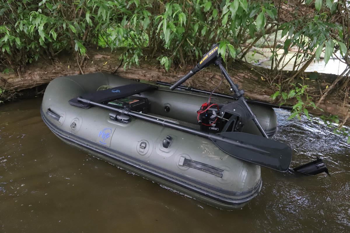 twelvefeetmag Schlauchboote Karpfenangeln 4 -  - Schlauchboote, Schlauchboot Karpfenangeln. Karpfenangeln, P.R. Baits