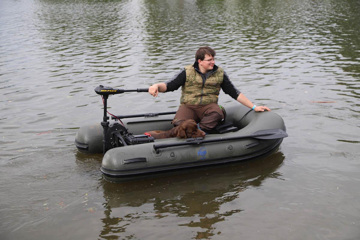 twelvefeetmag Schlauchboote Karpfenangeln 6 -  - Schlauchboote, Schlauchboot Karpfenangeln. Karpfenangeln, P.R. Baits
