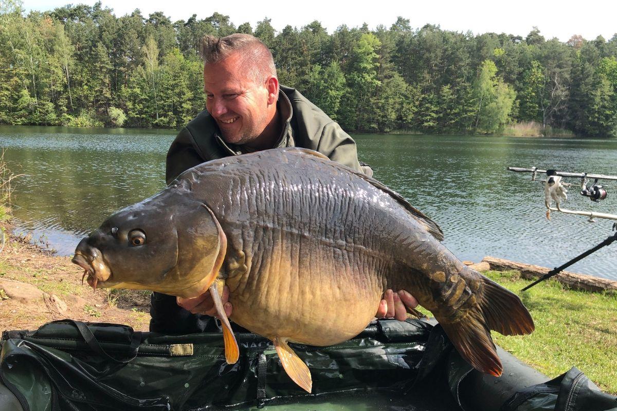 twelvefeetmag mehr als 30 kilo 8 -  - 30 Kilo Karpfen, 30 Kilo, 30 Kg