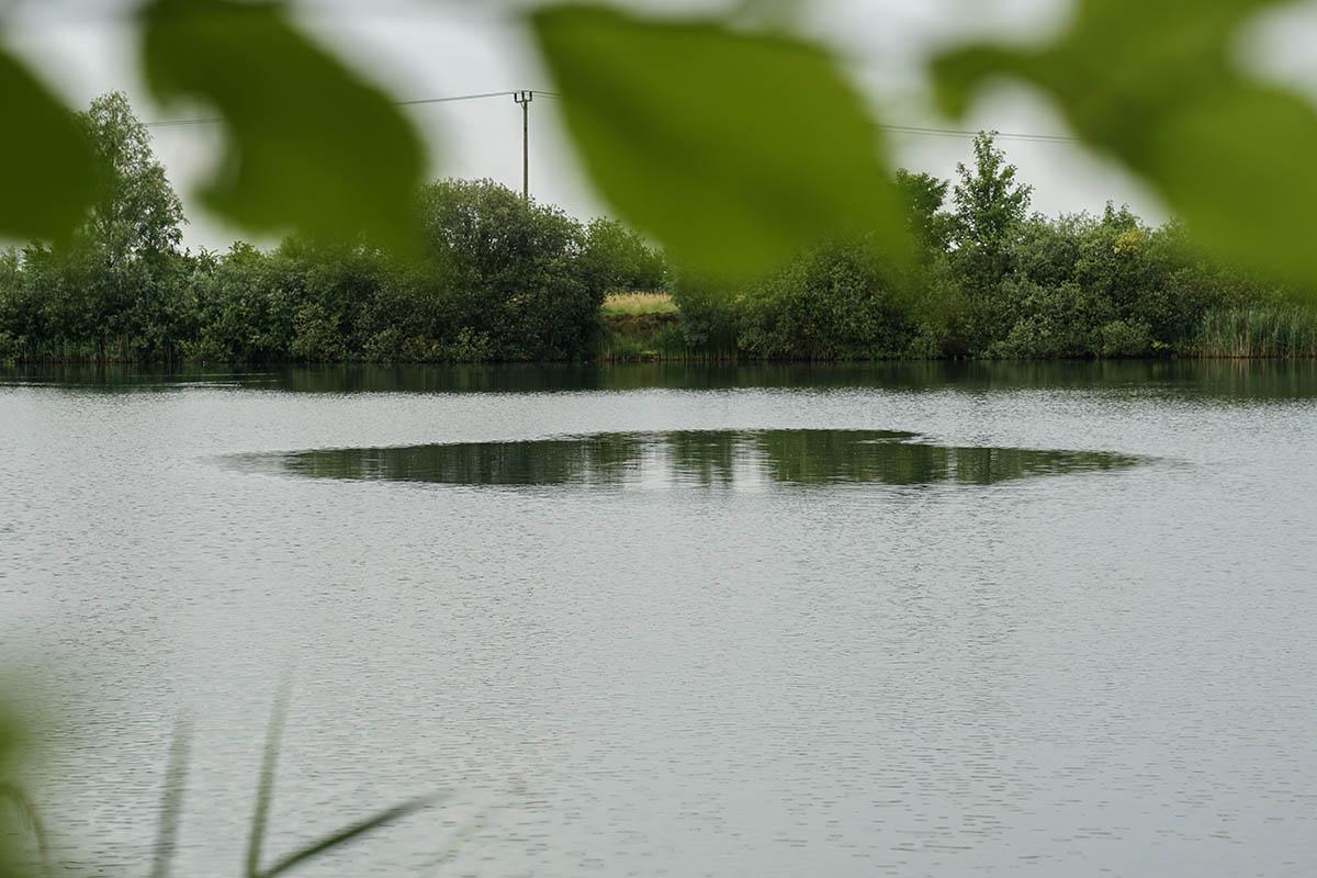 twelvefeetmag liam oberflaechenangeln ccmoore 4 -  - Schwimmbrot, Oberflächenkarpfen, Karpfen an der Oberfläche