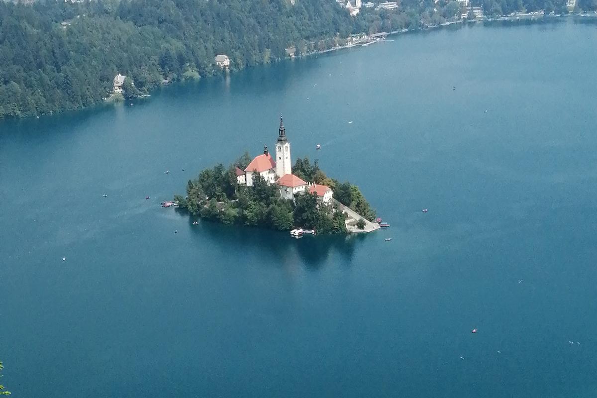 twelvefeetmag Lake Bled Slowenien 3 -  - Tobias Westermann, Lake Bled