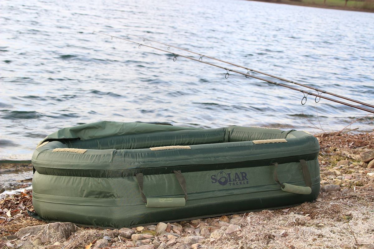 twelvefeetmag solar tackle inflatable mat 2 -  - twelve ft. Magazin, twelve ft. Ausgabe 19, twelve ft.