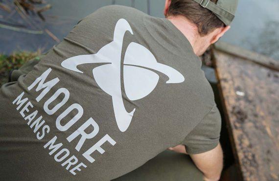 Neu in 2020 – Stylische CC Moore Klamotten!