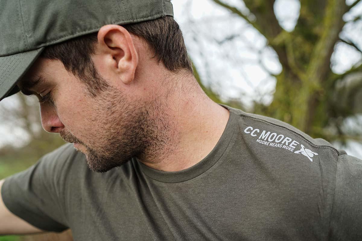 twelvefeetmag ccmoore neue kleidungsserie 2020 2 -  - Kleidung, CC Moore, Bekleidung zum Karpfenangeln