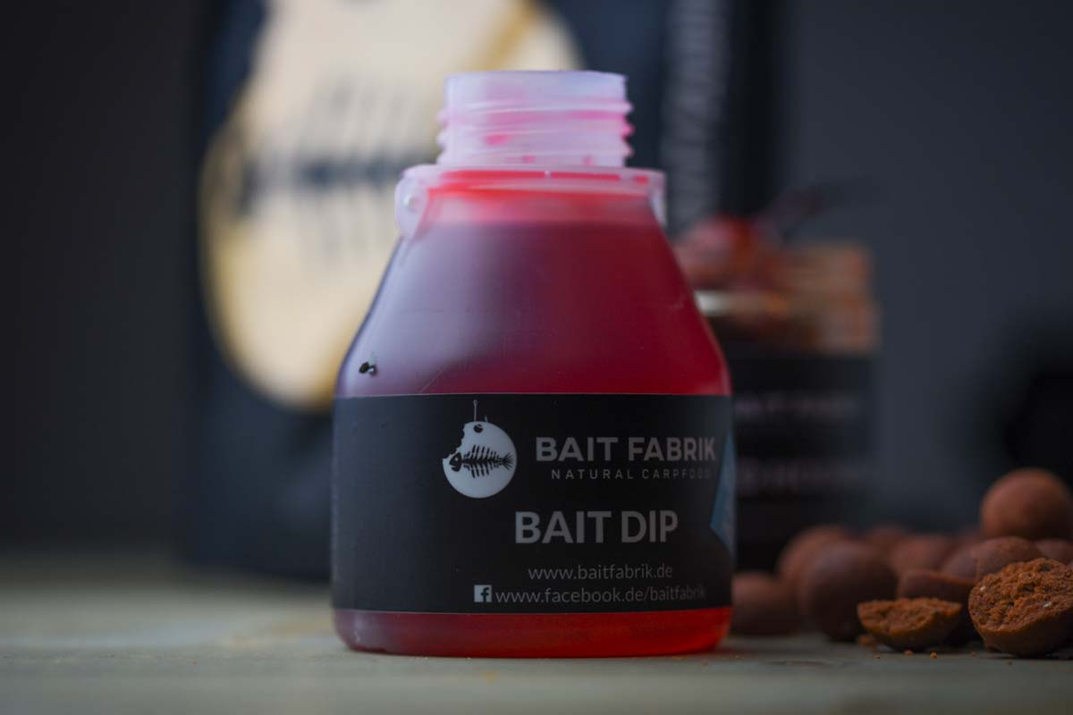 twelvefeetmag bait fabrik fish blood and hot range 10 -  - Fish Blood and Hot, Bait Fabrik