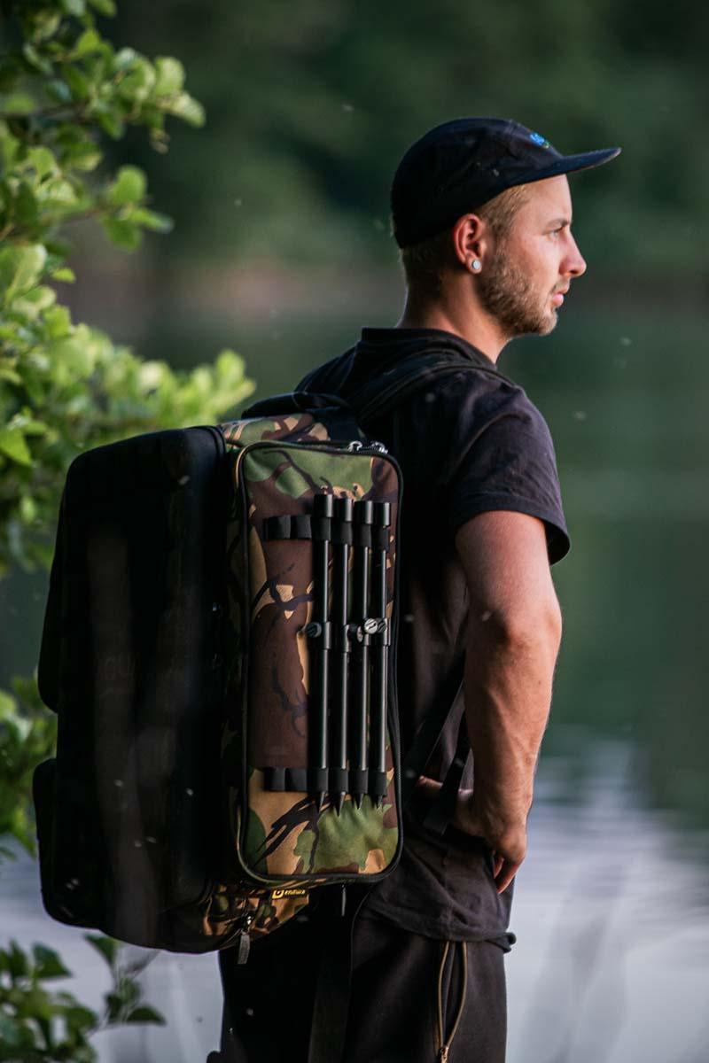 twelvefeetmag rucksack zum karpfenangeln 6 -  - Rucksack zum Karpfenangeln, Aqua Products, Aqua Deluxe Roving Rucksack