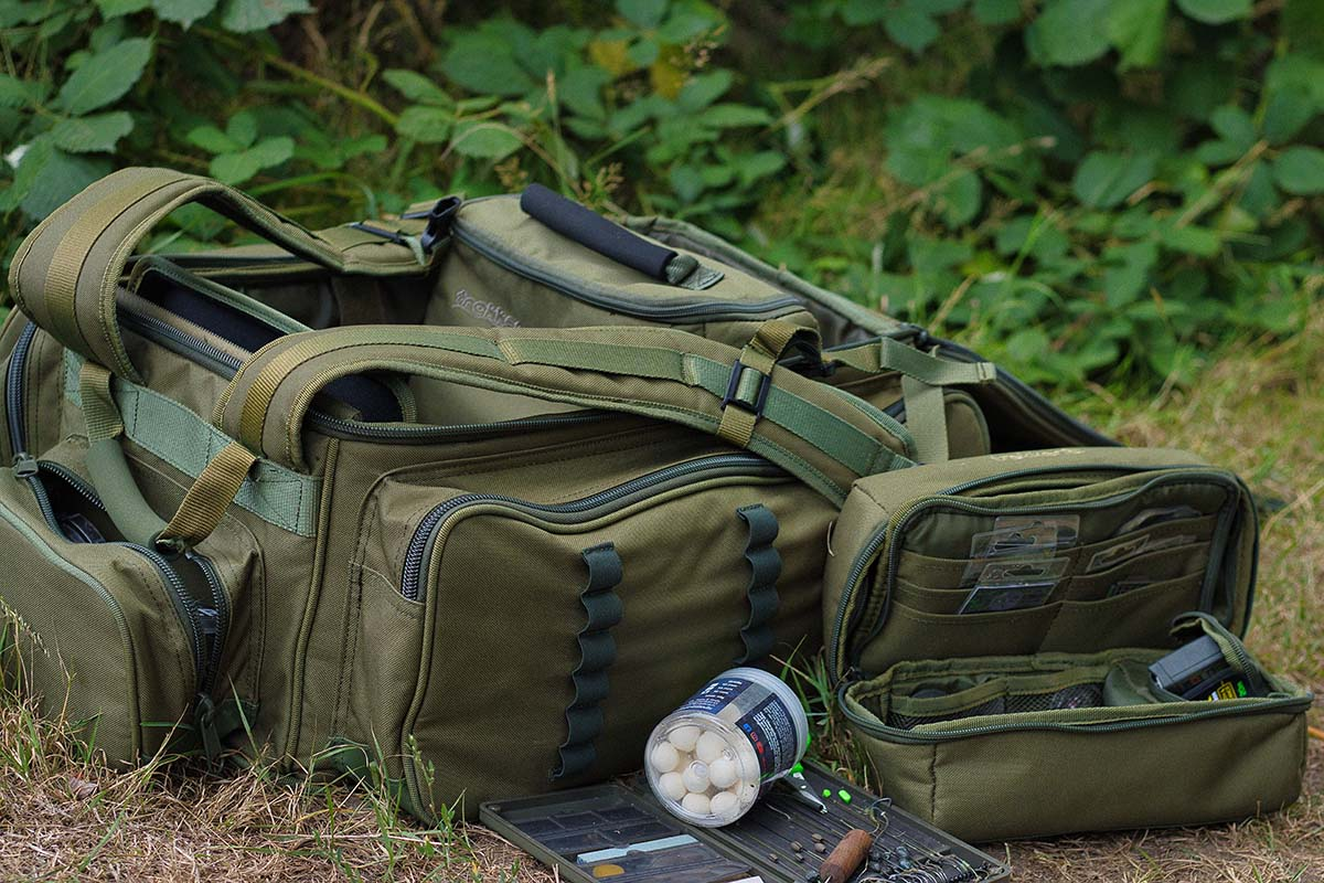twelvefeetmag rucksack karpfenangeln marcel bassanello 5 -  - Rucksack zum Karpfenangeln