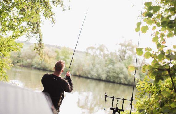 Flusskarpfen in Deutschland – Patrick Reuter in Ausgabe 23