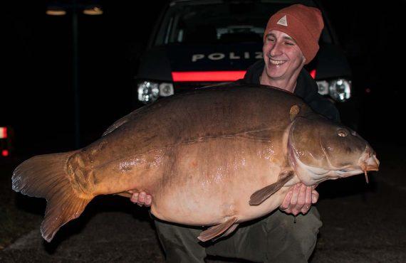 30 Kilo+ – neuer PB für Michi Aveiro beim Karpfenangeln