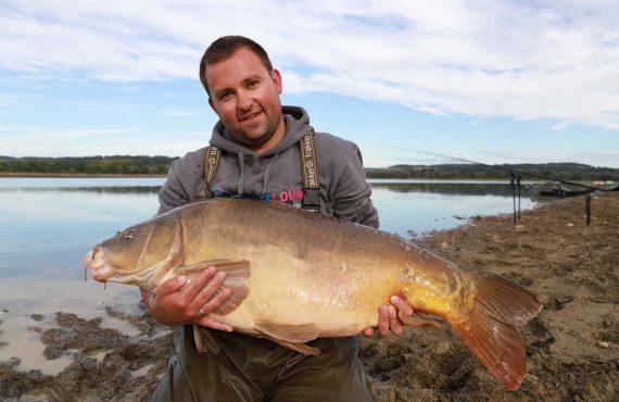Marco und Hendrik fangen über 100 Fische – Karpfenangeln in…