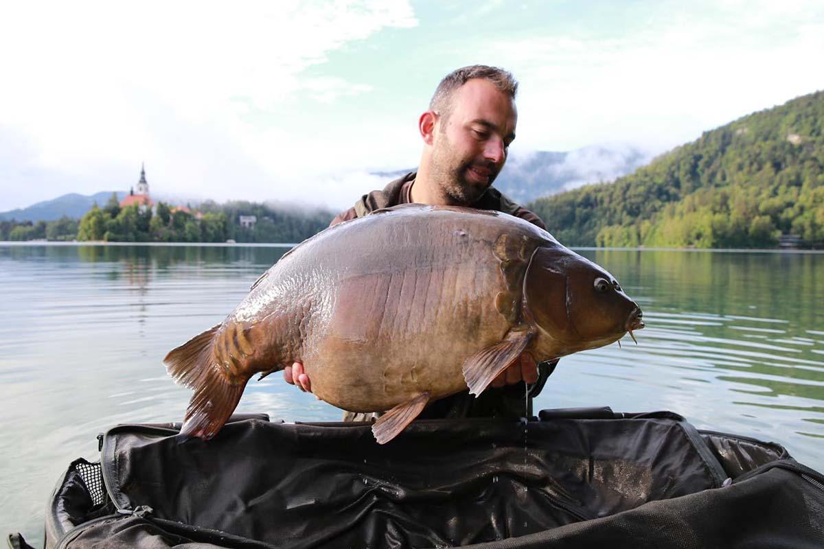 twelvefeetmag karpfenangeln lake bled baitlounge 7 -  - Slowenien, marco bettin, Lake Bled, karpfenangeln, Baitlounge