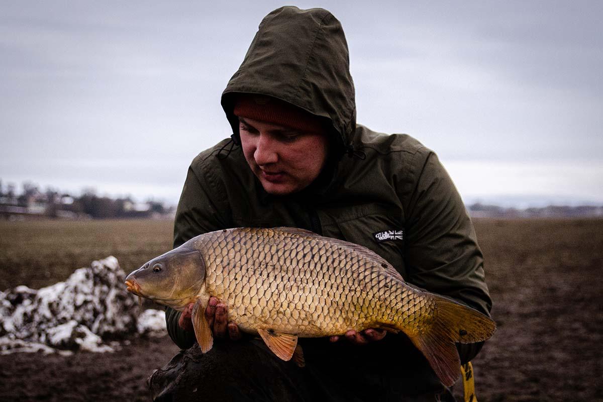 twelvefeetmag winterfischen am fluss janik wolf 7 -  - Winterfischen am Fluss, Winterfischen, Karpfenangeln am Fluss, Janik Wolf