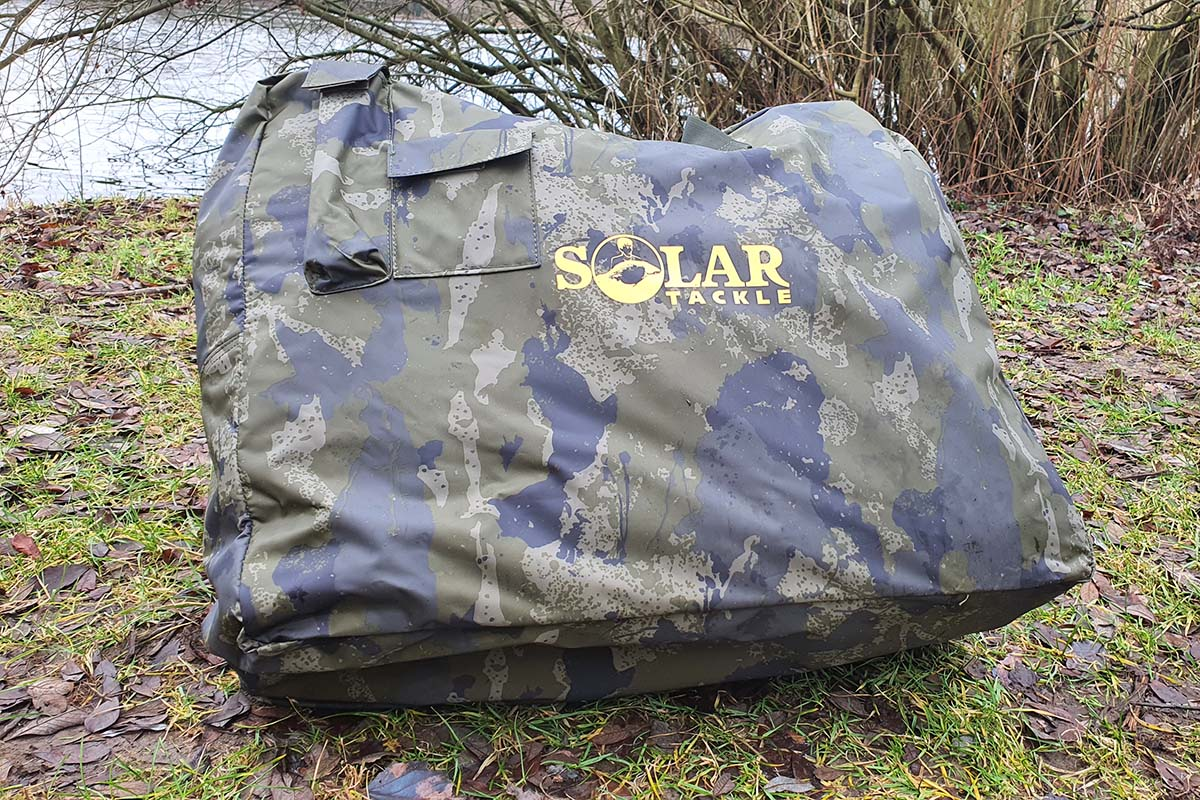 twelvefeetmag solar tackle abhakmatte 1 -  - UnderCover Inflatable Unhooking Mat, Solar Tackle UnderCover Inflatable Unhooking Mat, Solar Tackle, Abhakmatte