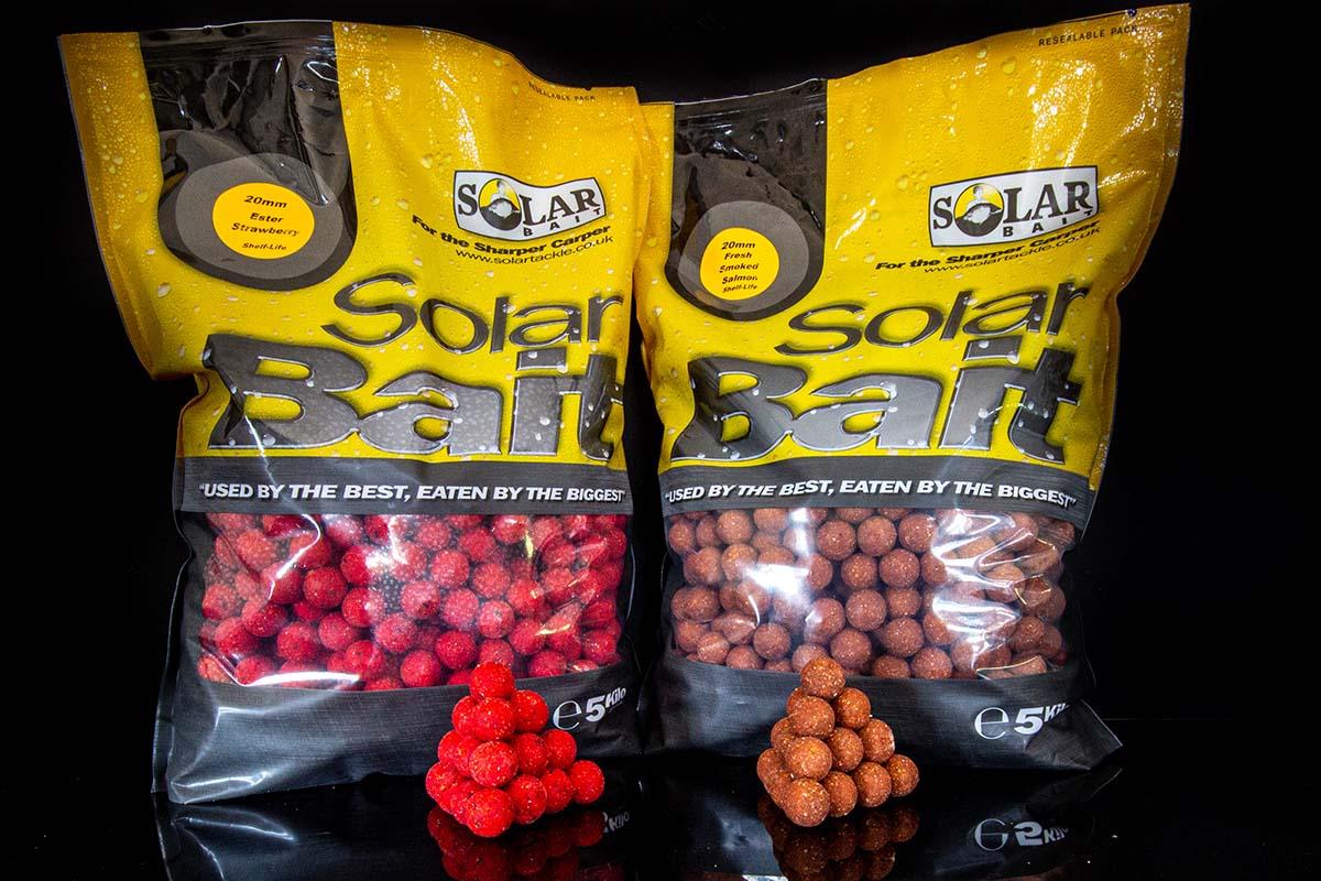 twelvefeetmag solar tackle boilies angelzentrale herrieden 4 -  - Solar Tackle, Solar Bait Boilies Fresh Smoked Salmon, Solar Bait Boilies Ester Strawberry, angelzentrale herrieden, Angelzentrale