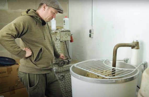 How To-Video: Teigzubereitung mit Christoph Mühl