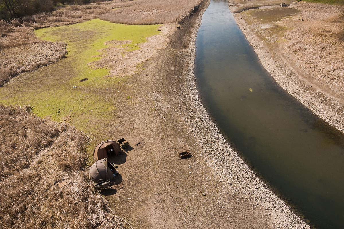 twelvefeet stories ianbuttau 35 -  - Flussfischen, Flussangeln auf Karpfen, Flussangeln, Das Abenteuer am Fluss