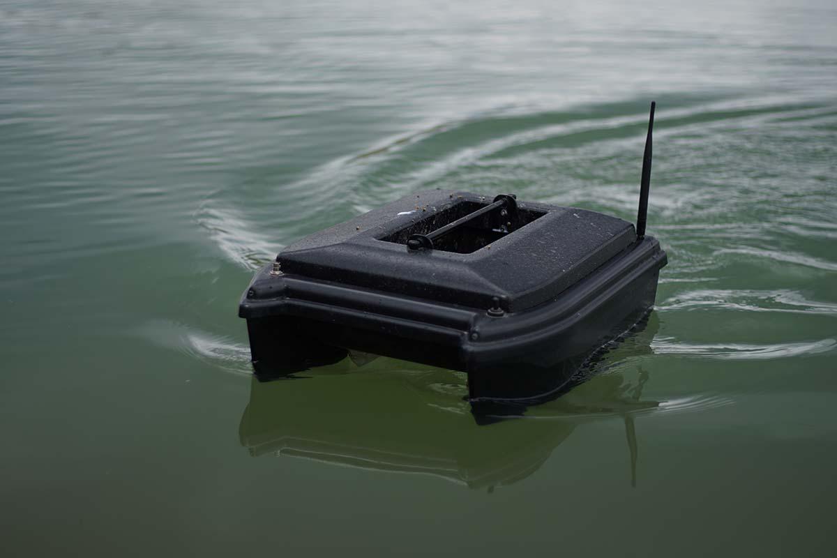 twelvefeetmag ablegen mit dem futterboot 5 -  - Karpfenangeln mit dem Futterboot, Futterboot